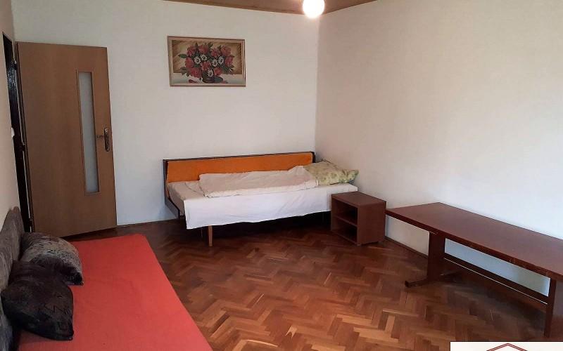 Predaj 3 izbového bytu v centre mesta, ul. M. R. Štefánika, Levice