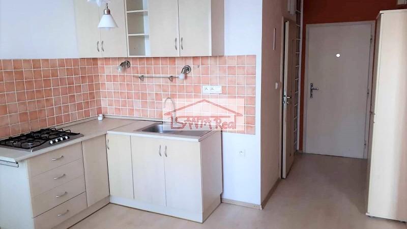 1 Izbový byt po rekonštrukcii, Levice