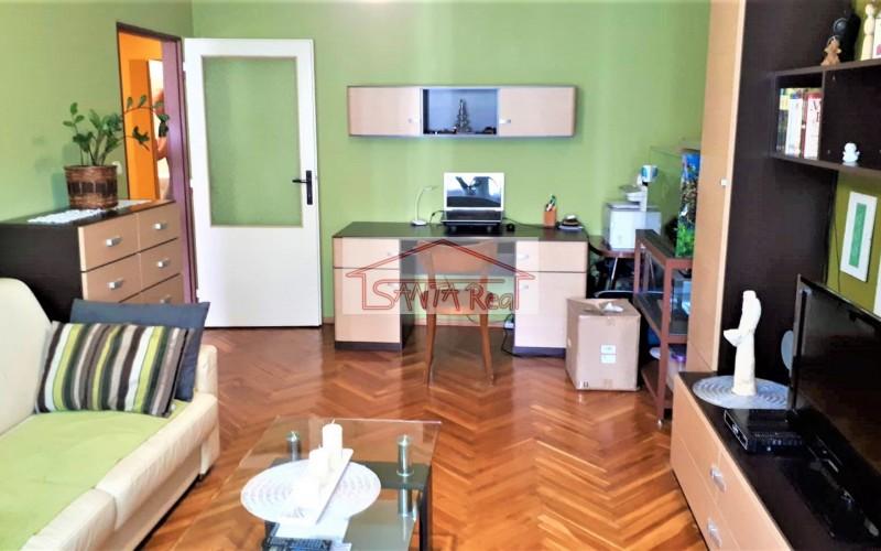 Pekný kompletne prerobený 2 iz. byt v dobrej lokalite v Leviciach