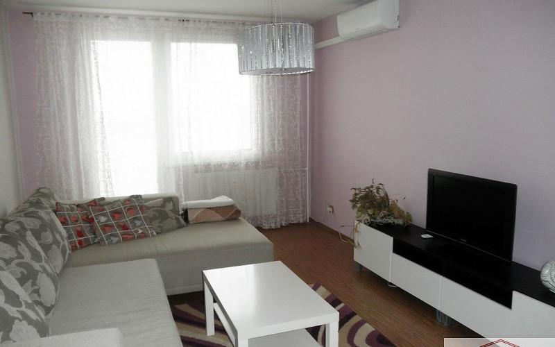 Krásny 2 izbový byt na prenájom v centre mesta
