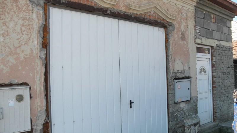 Priestory pre sklad alebo garáž,  Levice