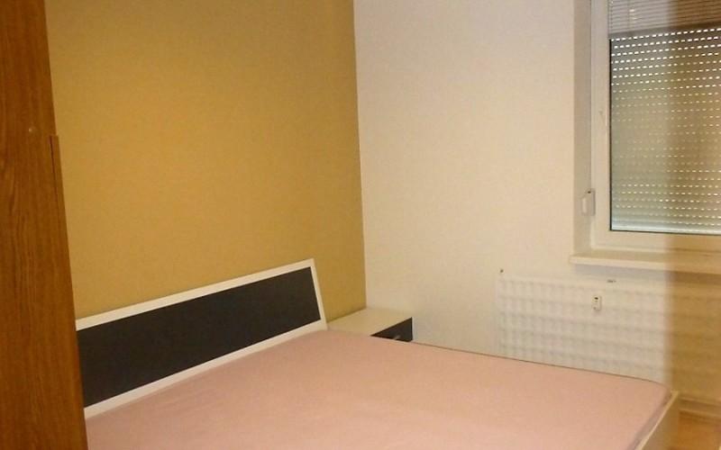 veľmi pekný 3 izbový byt na prenájom, Levice